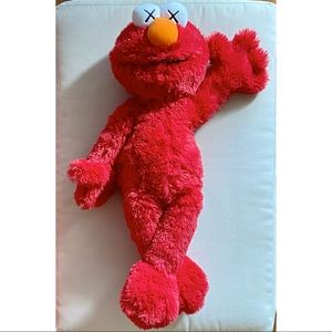 Kaws x Uniqlo x Sesame Street ELMO Plush Toy 20in